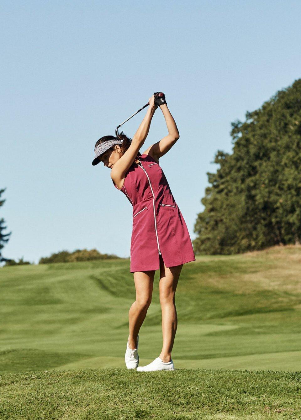 jenni-golf-swing